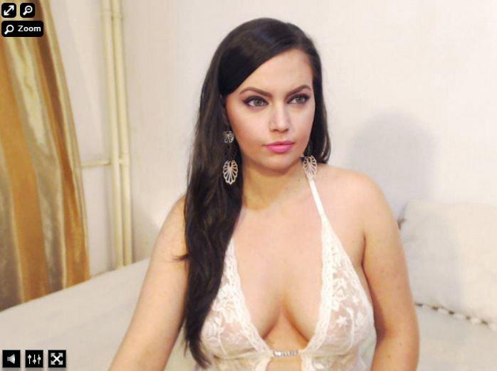 Live adult chat with xLoveCam